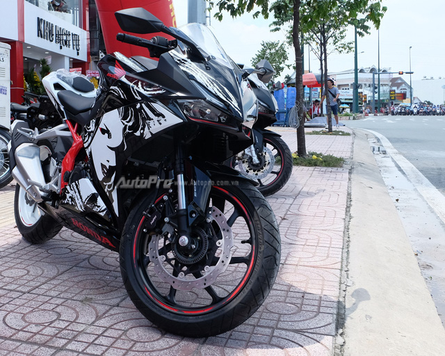 Hàng hiếm Honda CBR250RR phiên bản đặc biệt cập bến Việt Nam, giá hơn 200 triệu Đồng - Ảnh 1.