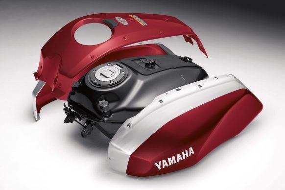 Mô tô hoài cổ Yamaha XSR700 2018 có giá 194 triệu Đồng - Ảnh 2.