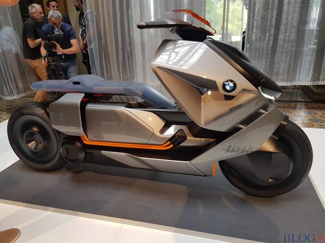 BMW Concept Link - Scooter nhưng tiện nghi như ô tô - Ảnh 5.