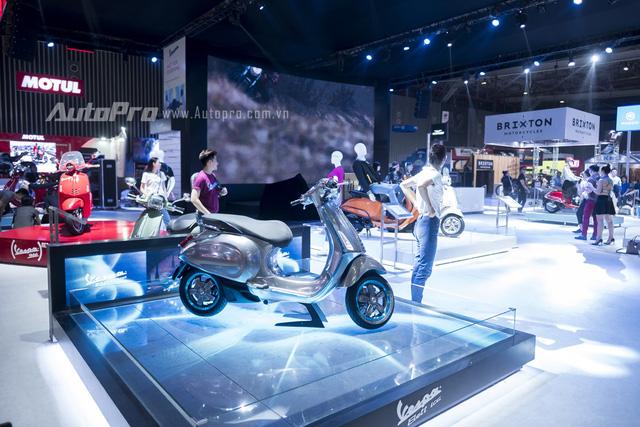 TRỰC TIẾP: Gian hàng Piaggio cực phong cách và gây choáng ngợp bằng dàn xe hùng hậu nhất nhì triển lãm - Ảnh 3.