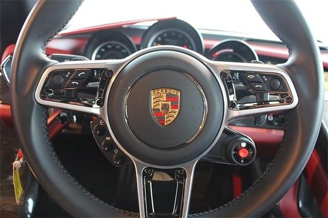 Vẻ đẹp siêu xe Porsche 918 Spyder với tùy chọn màu sơn đắt đỏ trị giá 1,45 tỷ Đồng - Ảnh 13.