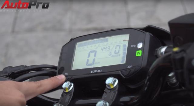 [Video] Hướng dẫn thay đổi mức báo tua máy trên Suzuki GSX-R150/S150 - Ảnh 4.