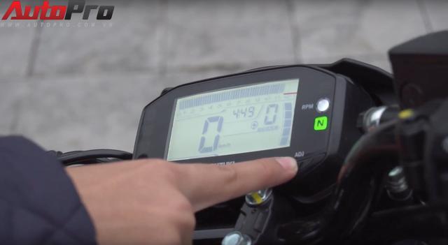 [Video] Hướng dẫn thay đổi mức báo tua máy trên Suzuki GSX-R150/S150 - Ảnh 5.