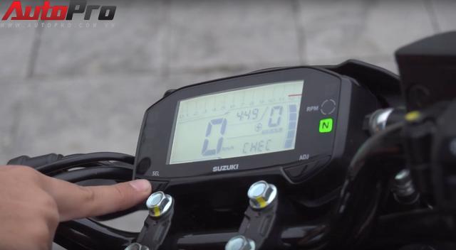 [Video] Hướng dẫn thay đổi mức báo tua máy trên Suzuki GSX-R150/S150 - Ảnh 7.