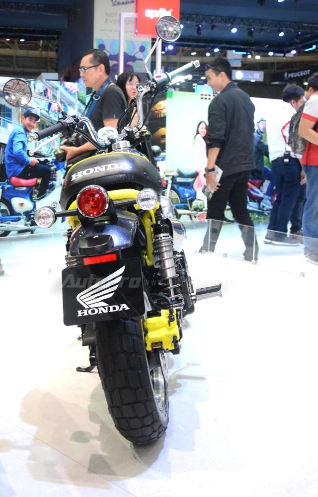 Khỉ con Honda Monkey 125 xuất hiện lần đầu tại Việt Nam - Ảnh 12.