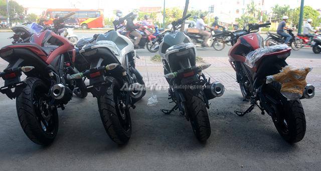 Cận cảnh lô xe côn tay Yamaha V-Ixion R 2017 mới về Việt Nam, giá hơn 70 triệu Đồng - Ảnh 2.