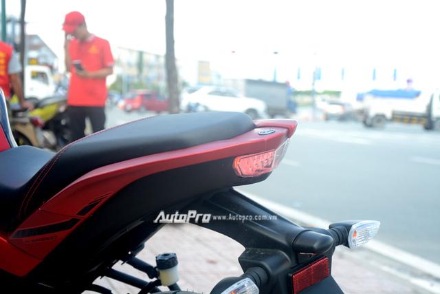 Cận cảnh lô xe côn tay Yamaha V-Ixion R 2017 mới về Việt Nam, giá hơn 70 triệu Đồng - Ảnh 19.