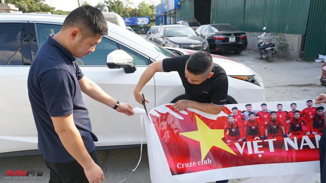 Cruze Club tất bật chuẩn bị diễu hành đón chung kết AFC CUP 2018 - Ảnh 1.