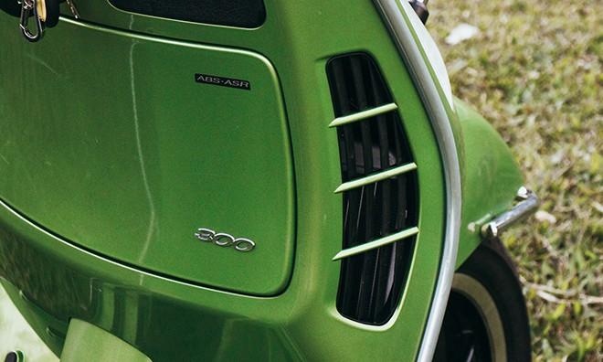 Đánh giá Vespa GTS Super 300: Chê nhiều nhưng dễ yêu - Ảnh 10.