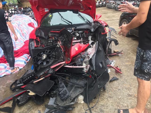 Siêu xe Ferrari 488 GTB của ca sĩ Tuấn Hưng sẵn sàng hồi sinh sau tai nạn - Ảnh 3.