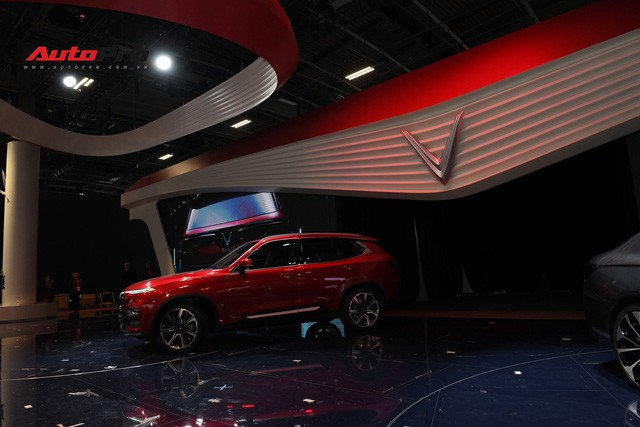 HOT: Chi tiết SUV VinFast LUX SA2.0 vừa trình làng - Ảnh 11.