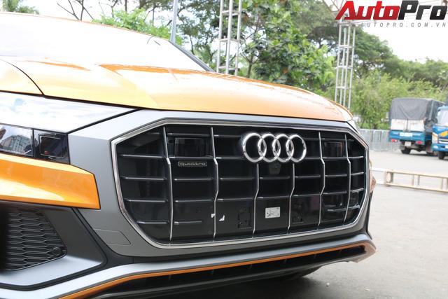 SUV cỡ lớn Audi Q8 lộ diện tại SECC trước thềm Triển lãm Ô tô Việt Nam 2018 - Ảnh 3.