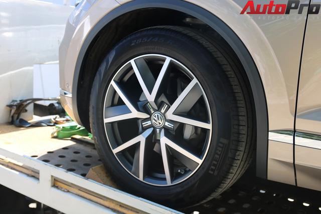 Volkswagen Touareg có mặt tại Sài Gòn, chuẩn bị cho Triển lãm Ô tô Việt Nam 2018 - Ảnh 5.