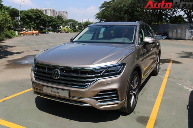 Volkswagen Touareg có mặt tại Sài Gòn, chuẩn bị cho Triển lãm Ô tô Việt Nam 2018 - Ảnh 8.