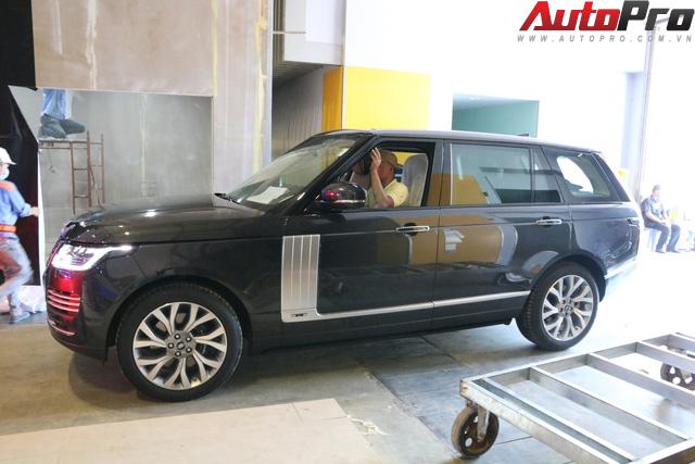 Hàng nóng Range Rover Autobiography LWB lộ diện ngay trước thềm Triển lãm Ô tô Việt Nam 2018 - Ảnh 9.