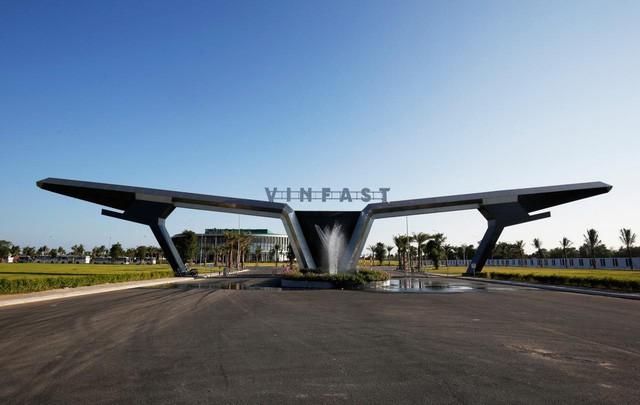 """VinFast được vinh danh giải thưởng """"Ngôi sao mới"""" tại Paris Motor Show. - Ảnh 5."""