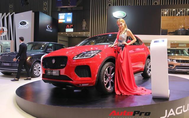 Không có xe giá rẻ, xe mới tiền tỷ đến cả chục tỷ đồng áp đảo thị trường ô tô Việt Nam cuối năm - Ảnh 5.