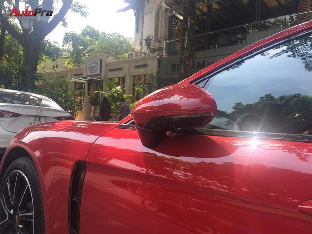 Chiếc Porsche Panamera hàng độc với gói tùy chọn trị giá cả tỷ đồng lăn bánh trên phố Hà Nội - Ảnh 6.