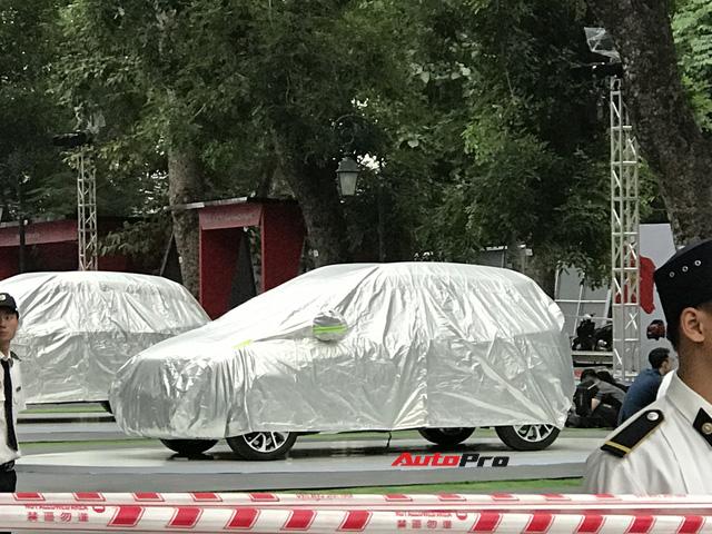 Dàn ô tô VinFast có mặt tại công viên Thống Nhất, sẵn sàng cho sự kiện ra mắt - Ảnh 11.