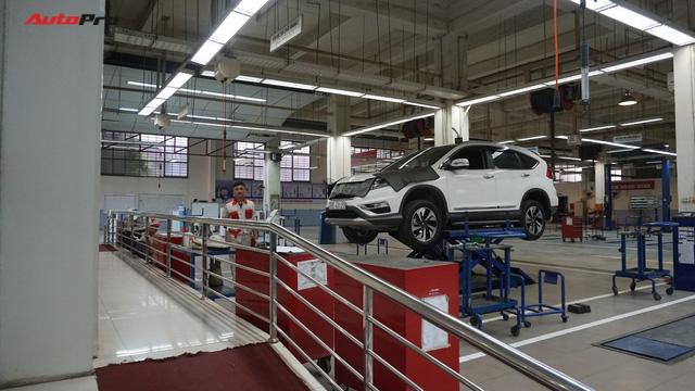Chủ showroom xe cũ và thợ kỹ thuật lành nghề mách cách tránh mua xe ngập nước - Ảnh 5.