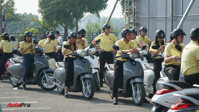 Loạt xe máy điện thông minh VinFast chạy thử tại Hà Nội ngay sau khi ra mắt - Ảnh 3.