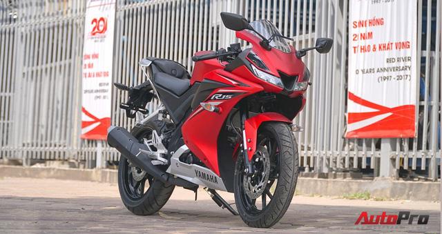 Đấu xe chính hãng, Yamaha R15 nhập khẩu ngoài giảm giá còn 84 triệu đồng - Ảnh 3.