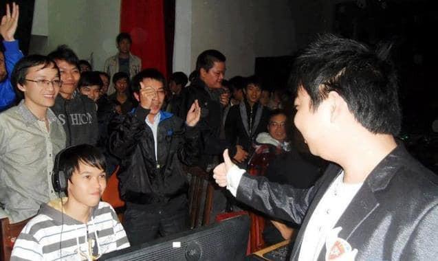 Tậu xe Mazda6 tiền tỷ độ âm thanh khủng ở độ tuổi U23, Chim Sẻ Đi Nắng khẳng định vị thế ông vua game streaming Facebook tại Việt Nam - Ảnh 3.