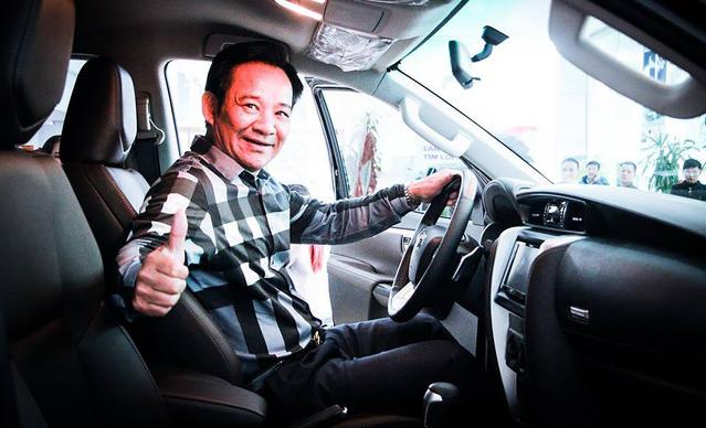 Chán Nissan X-Trail, danh hài Quang Tèo tậu Toyota Fortuner chơi Tết - Ảnh 6.