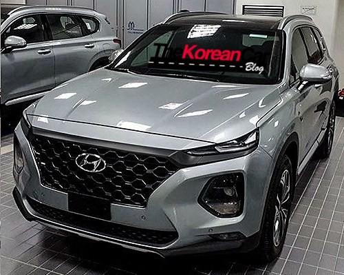 Hyundai Santa Fe 2019 tiếp tục lộ ảnh thực tế - Ảnh 4.