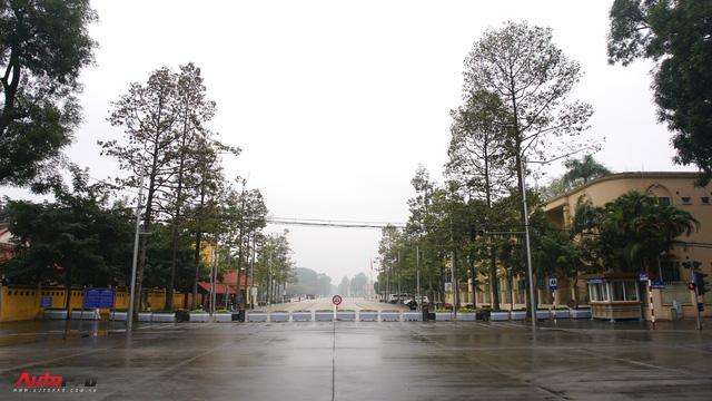 Sớm đầu năm Mậu Tuất - một bức tranh giao thông Hà Nội thật khác - Ảnh 6.