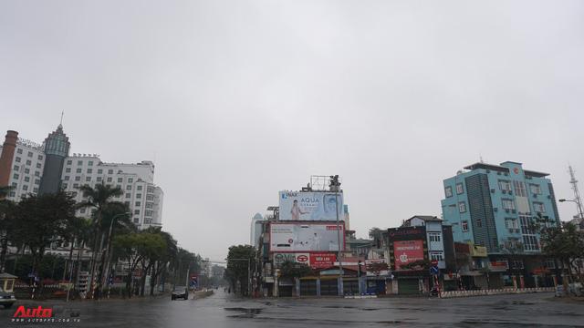 Sớm đầu năm Mậu Tuất - một bức tranh giao thông Hà Nội thật khác - Ảnh 5.