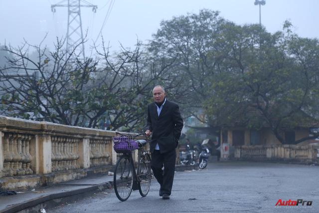 Giao thông Hà Nội thay đổi như chong chóng ngay trong ngày đầu năm Mậu Tuất - Ảnh 3.