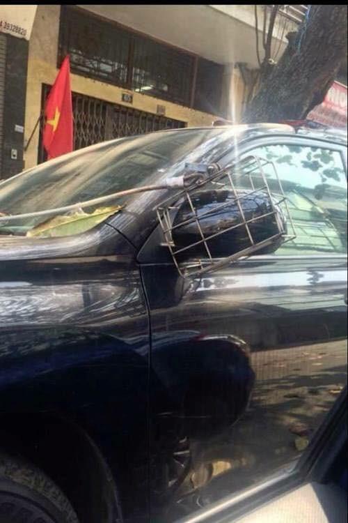 Muôn vàn kiểu chống trộm gương và cách đối phó tạm thời trong ngày tết tại Việt Nam. - Ảnh 2.