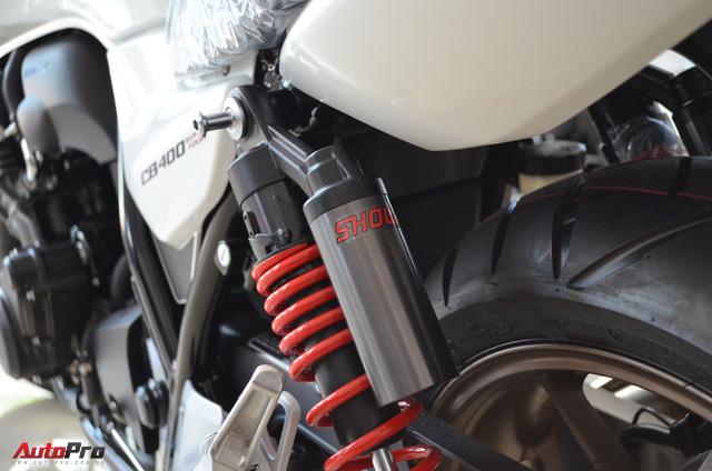 Chi tiết Honda CB400 Super Four bản đặc biệt tại Việt Nam, giá gần 400 triệu đồng - Ảnh 13.