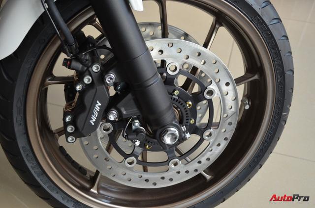 Chi tiết Honda CB400 Super Four bản đặc biệt tại Việt Nam, giá gần 400 triệu đồng - Ảnh 10.