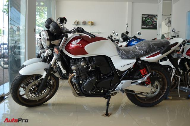 Chi tiết Honda CB400 Super Four bản đặc biệt tại Việt Nam, giá gần 400 triệu đồng - Ảnh 3.