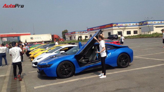 Bóng hồng duy nhất cầm lái BMW i8 tại hành trình siêu xe lớn nhất Việt Nam - Ảnh 7.