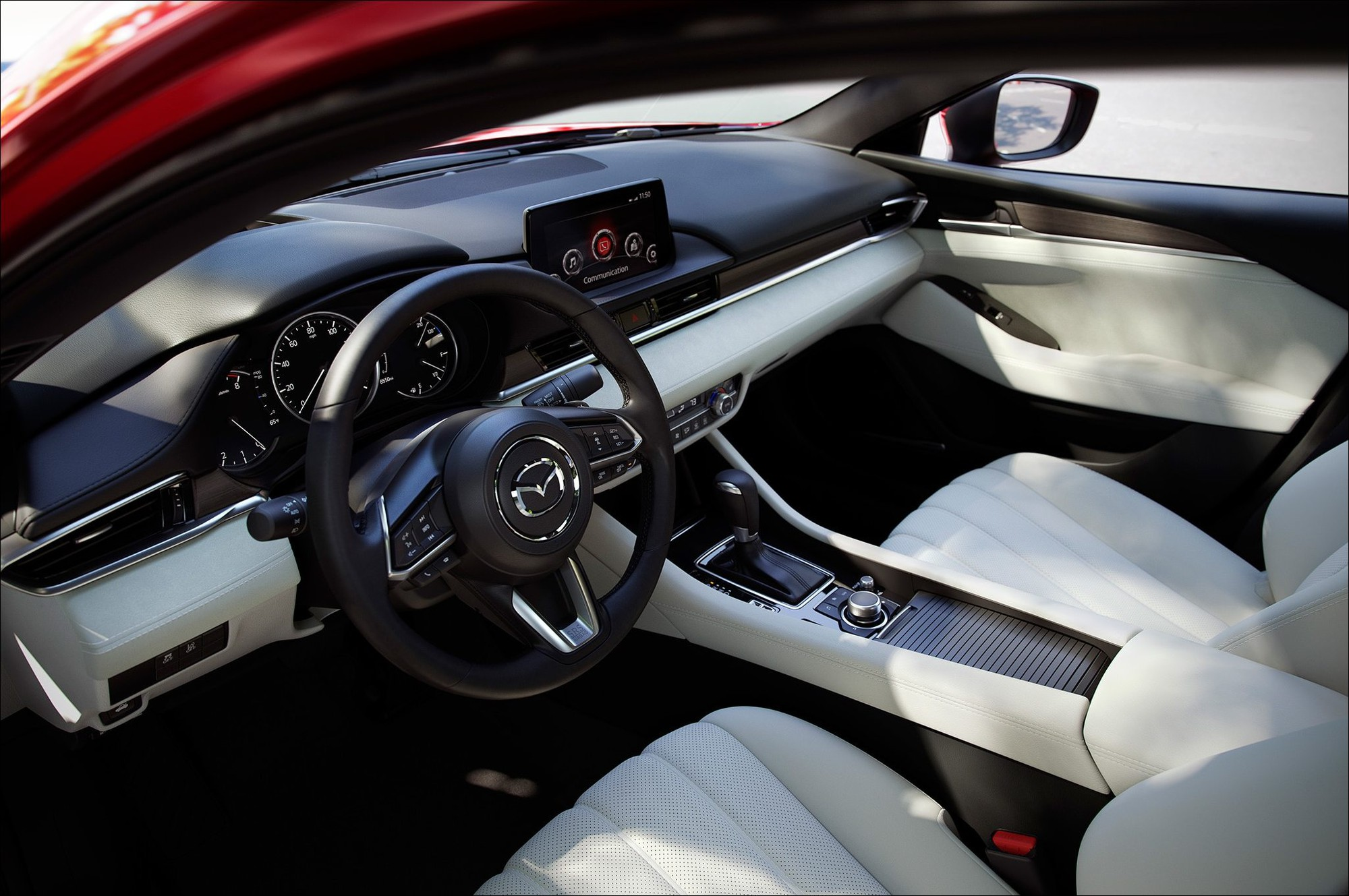 Mazda bổ sung Apple CarPlay và Android Auto cho Mazda6 2018