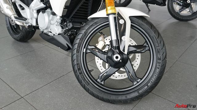 Cận cảnh BMW G 310 R - Nakedbike giá mềm cho biker mới chơi xe tại Việt Nam - Ảnh 7.