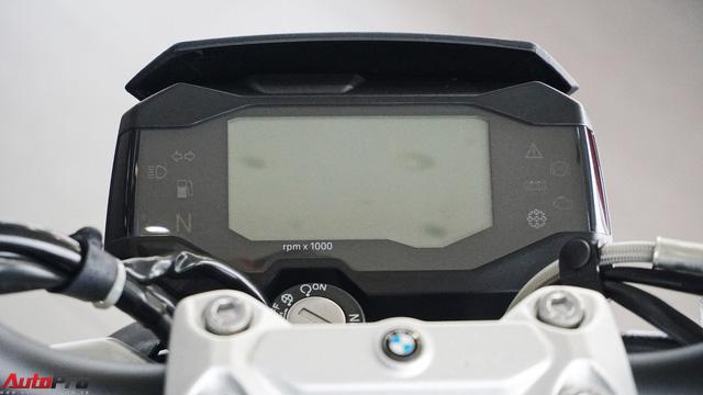 Cận cảnh BMW G 310 R - Nakedbike giá mềm cho biker mới chơi xe tại Việt Nam - Ảnh 4.
