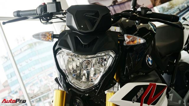 Cận cảnh BMW G 310 R - Nakedbike giá mềm cho biker mới chơi xe tại Việt Nam - Ảnh 3.