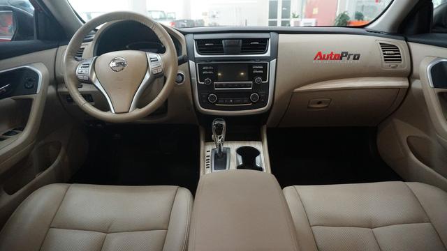 Cạnh tranh Toyota Camry, Nissan Teana nhập khẩu giảm giá gần 300 triệu đồng chỉ sau 3 tháng - Ảnh 3.