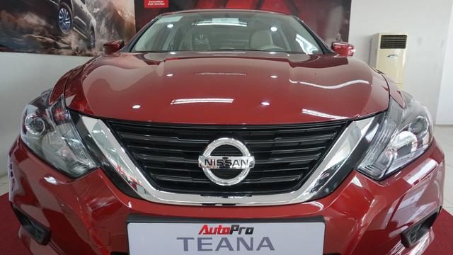 Cạnh tranh Toyota Camry, Nissan Teana nhập khẩu giảm giá gần 300 triệu đồng chỉ sau 3 tháng - Ảnh 5.