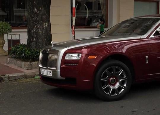 Đại gia Huế tậu Rolls-Royce Ghost Series I từng đeo biển ngũ quý 1, giá hơn 11 tỷ đồng - Ảnh 3.