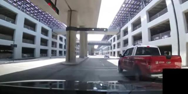Khám phá bãi đỗ xe tại trụ sở mới trị giá 5 tỷ USD của Apple: Không khác gì một khu phố - Ảnh 5.