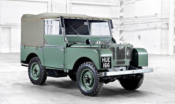 Đã 70 năm kể từ ngày chiếc Land Rover đầu tiên ra mắt thế giới - Ảnh 2.