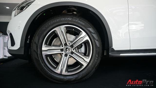 Trải nghiệm nhanh Mercedes-Benz GLC 200 - Sứ mệnh lấy khách phổ thông tại Việt Nam - Ảnh 5.