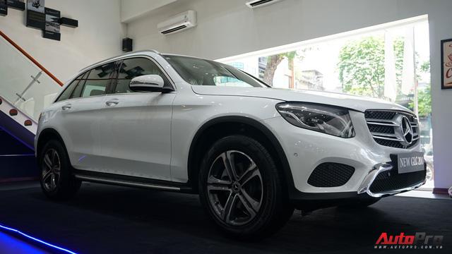 Trải nghiệm nhanh Mercedes-Benz GLC 200 - Sứ mệnh lấy khách phổ thông tại Việt Nam - Ảnh 21.
