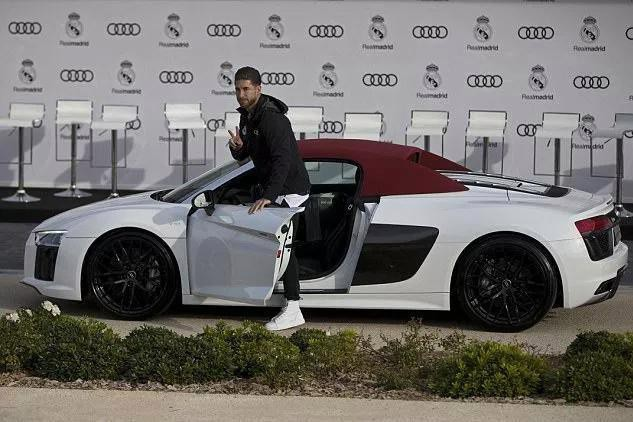 Ramos có bộ sưu tập xe sang 60 tỷ, nhưng chiếc xe cổ này mới là con cưng - Ảnh 8.