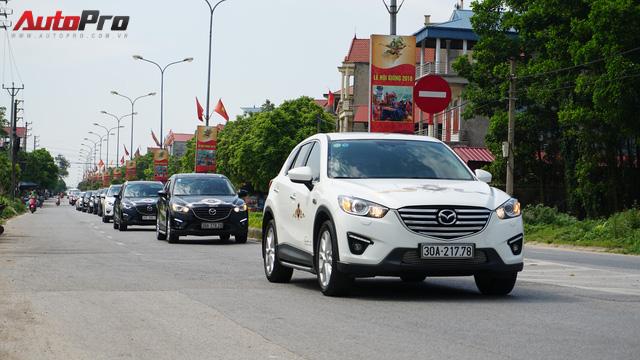 Hơn 20 xe Mazda CX-5 diễu hành tại Hà Nội mừng CLB sinh nhật 4 tuổi - Ảnh 11.